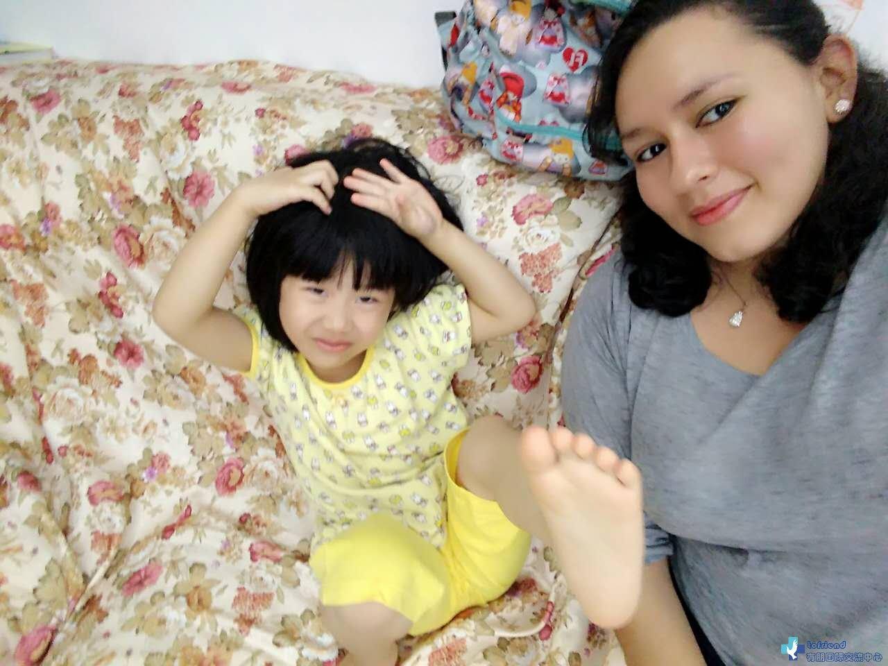 哥伦比亚互惠生Ana在中国家庭寓学于乐